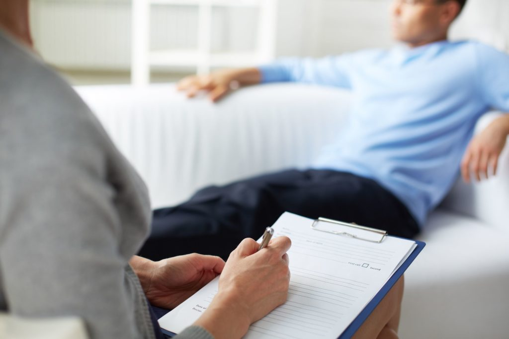 Consultation psychologue thérapie cognitive et comportementale