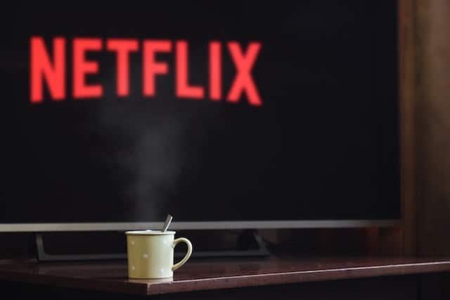 Souvent, on peut être tenté à regarder Netflix au lieu de réviser.