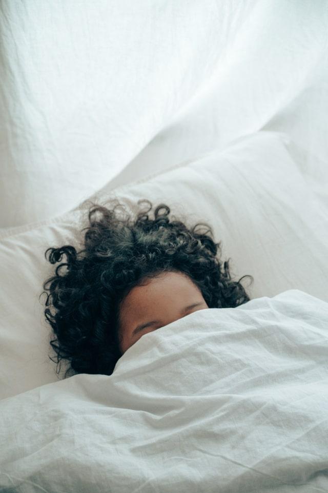 Femme en plein sommeil